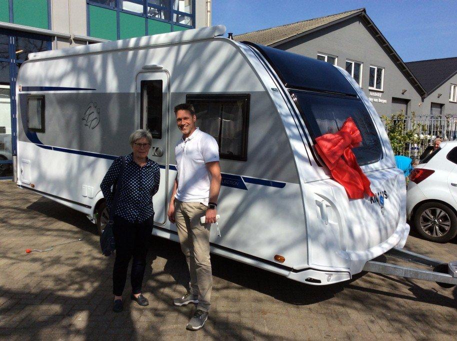 Witoma caravan recreatie for A t tramp salon